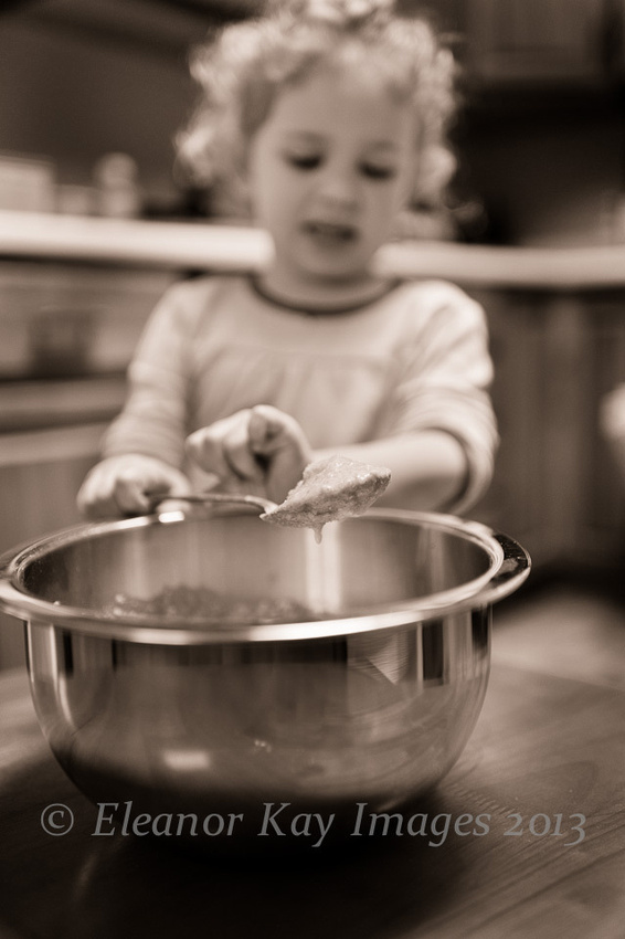 girl_baking_7629