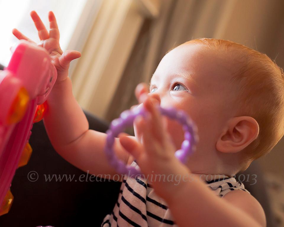 baby girl,braclet,blue eyes, natural light photographer,pennsylvania,
